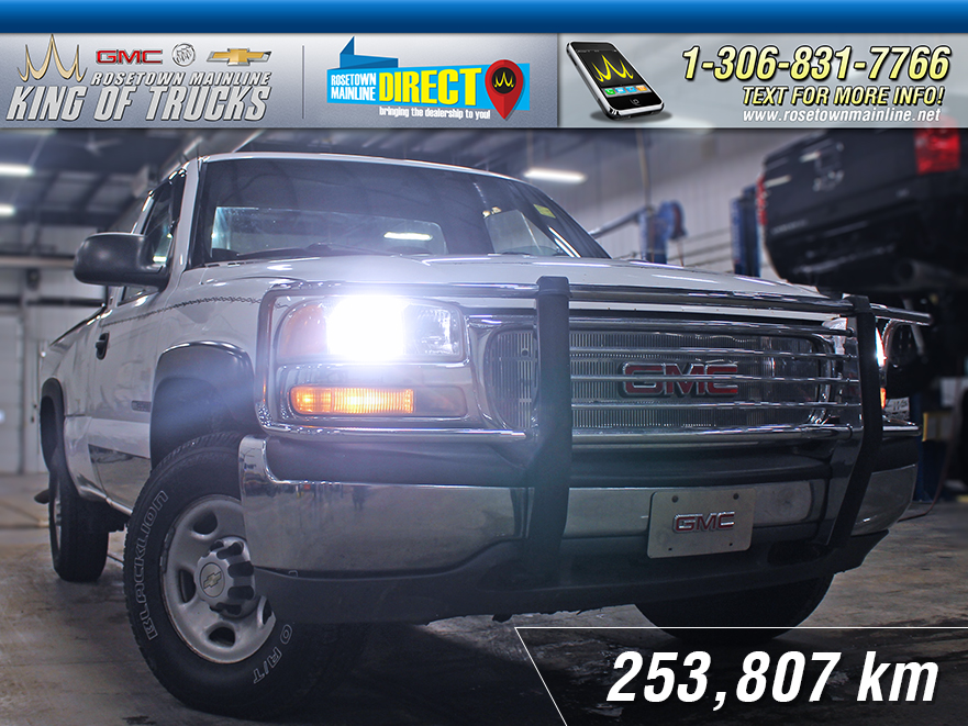 Pre-Owned 2000 GMC Sierra 2500HD SL SOLD AS TRADED | PST PAID