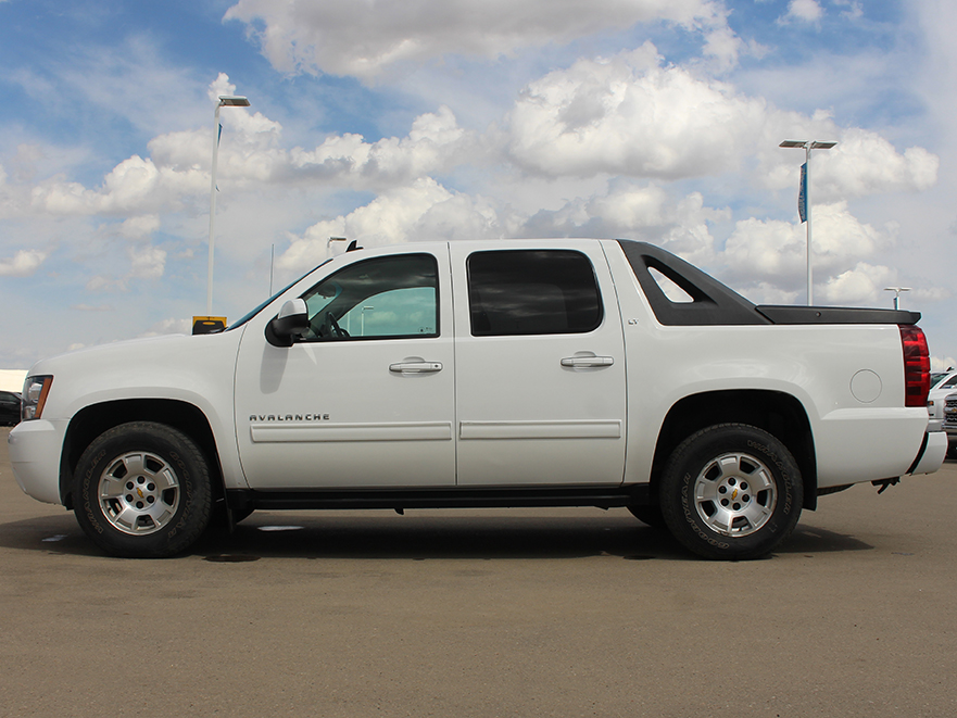 Pre Owned 2010 Chevrolet Avalanche 1500 Lt Leather Remote Start